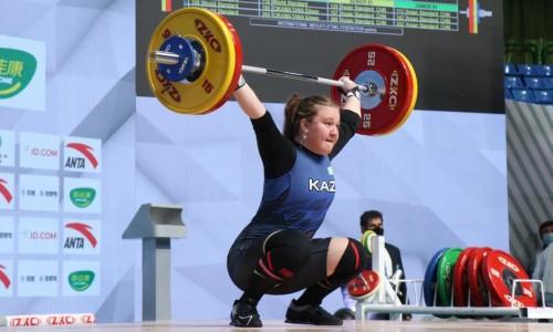 Казахстанка завоевала «серебро» на чемпионате Азии по тяжелой атлетике