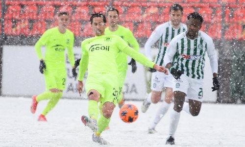 Европейский клуб казахстанского тренера упустил победу в суровых погодных условиях