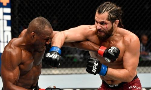 Прямая трансляция турнира UFC 261 с титульным боем Усман — Масвидаль 2