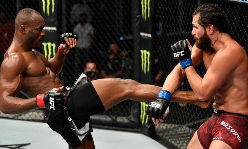 Видео боя-реванша Усман — Масвидаль на UFC 261 с убойным нокаутом