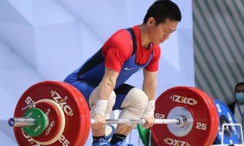 Сборная Казахстана по тяжелой атлетике завоевала семь медалей на чемпионате Азии