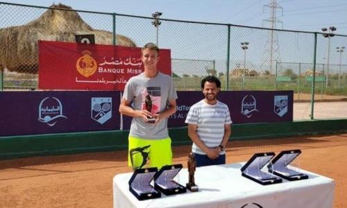 Казахстанский теннисист стал победителем парного разряда турнира в Египте