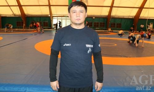 Тренер сборной Казахстана по вольной борьбе рассказал о подготовке к отборочному олимпийскому турниру