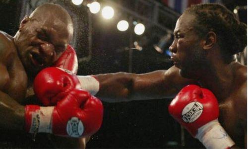 54-летний Тайсон снова выйдет на ринг и попытается взять реванш у Льюиса. Известна дата боя