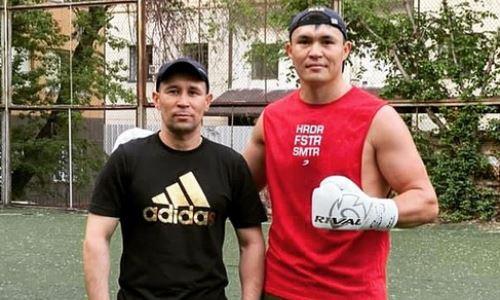 Камшыбек Кункабаев продемонстрировал силу удара и технику на тренировке. Видео