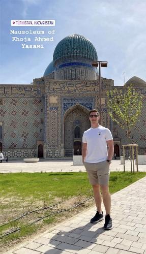 Капитан «Барыса» продолжает любоваться красотами Казахстана