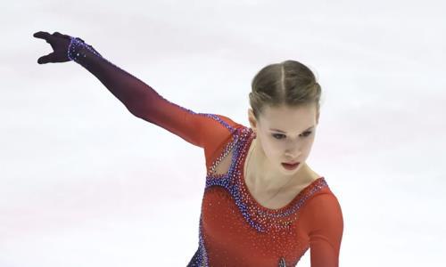 «Я над ними немножко издевалась». Российская фигуристка рассказала, как проводила растяжку хоккеистам в Казахстане