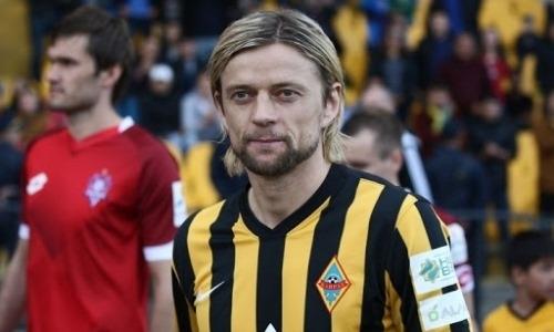 Бывший футболист «Кайрата» выиграл с «Зенитом» РПЛ и показал фото с завоеванным трофеем