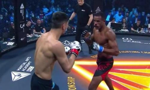 Видео боя, или Как казахский боец из команды экс-чемпиона UFC побил бразильца в России