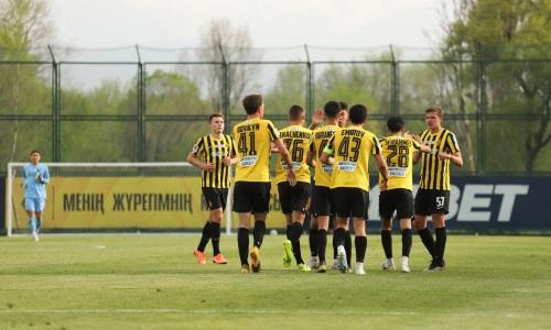 «Кайрат-Жастар» разгромил «Игілік» в матче Первой лиги. Сейдахмет вновь отличился забитым голом