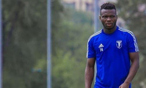 Африканский футболист с паспортом Таджикистана ведет переговоры с клубом КПЛ
