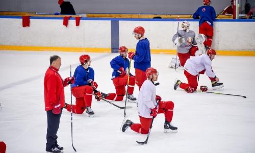 Четыре хоккеиста присоединились к кэмпу ближайшего соперника сборной Казахстана