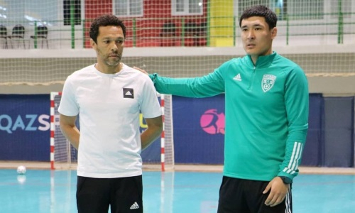 Финалист чемпионата Казахстана объявил об уходе главного тренера