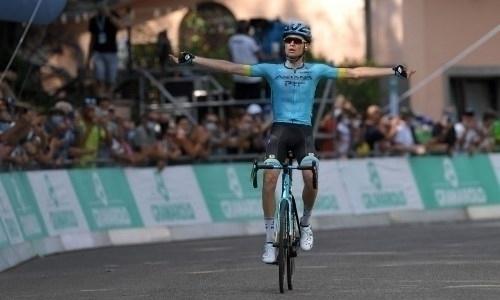 Гонщик «Астаны» сохранил место в ТОП-10 генеральной квалификации после четвертого этапа «Джиро д'Италия»