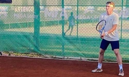 Казахстанец не оставил шансов сыну легендарного теннисиста на турнире в Анталье