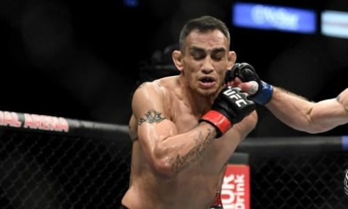 Видео боя UFC Фергюсон — Дариуш с разгромным исходом