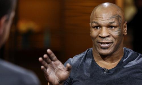 Майк Тайсон назвал завершившего карьеру боксера, который лучше всех современных топов