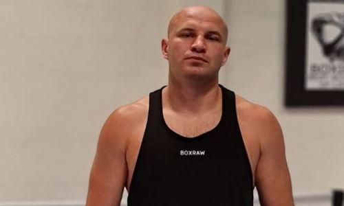 Стопроцентный нокаутер из Казахстана провел тренировку с топовым бойцом UFC. Фото