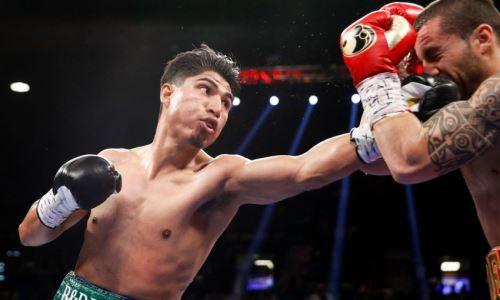 Экс-чемпион мира в четырех весах назвал сроки возвращения на ринг. Он надеется подраться с Пакьяо