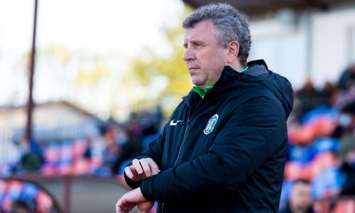 Клуб казахстанского тренера выиграл третий матч подряд и идет в тройке лидеров европейского чемпионата. Видео