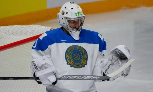 «Буллиты — это всегда напряжение». Решивший исход матча с Латвией вратарь сборной Казахстана рассказал о впечатлениях после первой победы на ЧМ-2021