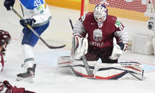 «Провел выдающийся матч». Боб Хартли назвал лучшего хоккеиста сборной Латвии в игре с Казахстаном