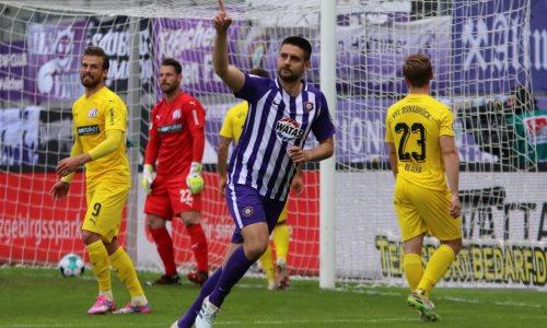 Уроженец Казахстана оформил дубль в Германии и отправил клуб Энгеля в стыковые матчи за право остаться в дивизионе. Видео