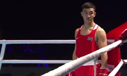 Как казахстанский боксер ждал в ринге своего соперника, а он не вышел. Видео