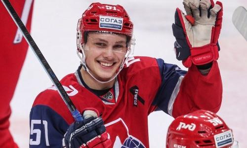 Молодой хоккеист после разногласий со Скабелкой стал одноклубником воспитанника «Барыса»