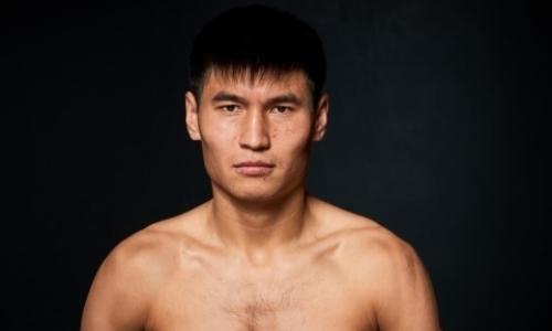 Непобежденный экс-чемпион WBC из Казахстана возвращается на ринг спустя четыре года