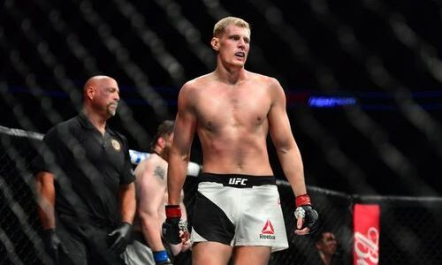 «Это вносит свои неудобства». Волков объяснил прерванную подготовку и поездку в Казахстан перед боем в UFC