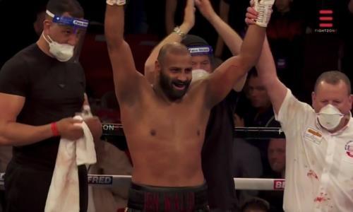 Брутальный нокаут решил судьбу боя за титул IBF в супертяжелом весе. Видео