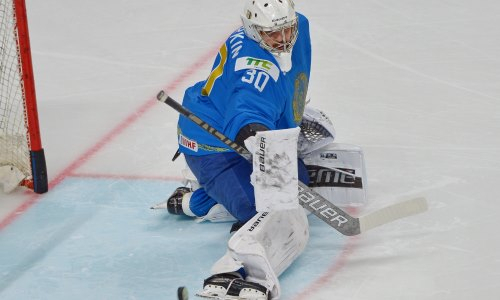 «Выглядит круто». Международная федерация хоккея восхитилась вратарем сборной Казахстана. Фото