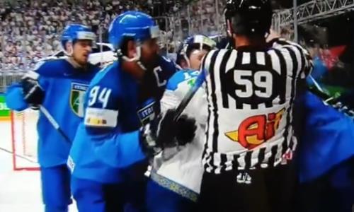 Хоккеисты сборных Казахстана и Италии устроили драку на чемпионате мира. Видео