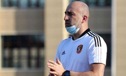 Наставник «Шахтера» пожаловался на «людей в черном» после матча с «Ордабасы»