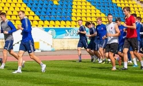 «Акжайык» поделился фотографиями с тренировки перед матчем КПЛ с «Ордабасы»