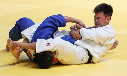 Казахстанский дзюдоист проиграл во втором раунде чемпионата мира