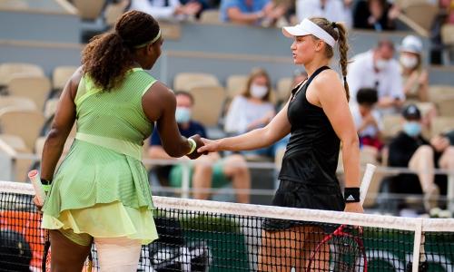 «Вечно уравновешенная, хладнокровная и с таким внушительным ростом». Теннисный мир в восторге от казахстанской теннисистки и ее расправы над Сереной Уильямс