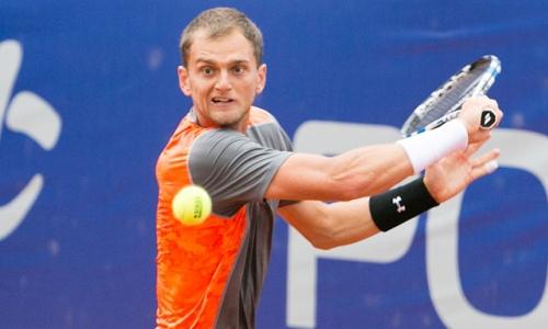 Недовесов вышел в четвертьфинал парного турнира в Словакии