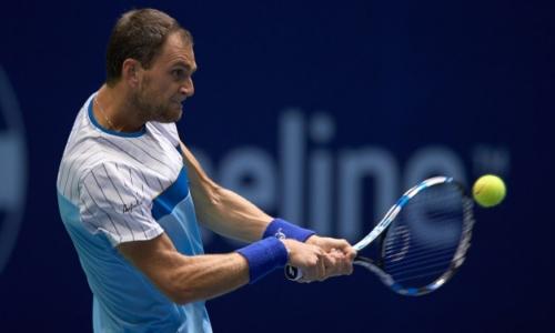 Недовесов пробился в полуфинал парного турнира в Словакии