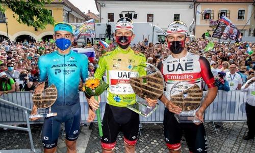 «Дает уверенность в силах». Гонщики «Астаны» высказались о попадании на пьедестал двух европейских гонок