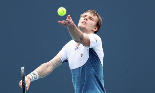 Казахстанский теннисист одержал победу в первом круге турнира в Лондоне