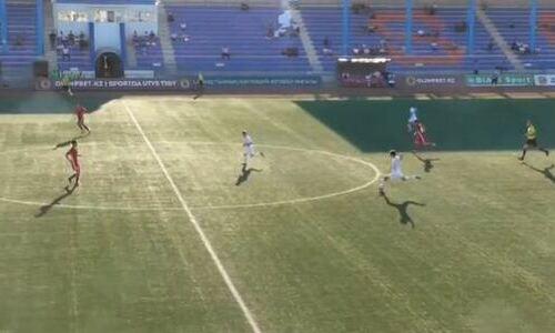 Шедевральный гол со своей половины поля забит в чемпионате Казахстана. Видео
