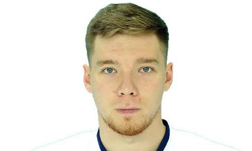 Клуб хоккеиста сборной Казахстана в КХЛ заключил пробный контракт с защитником
