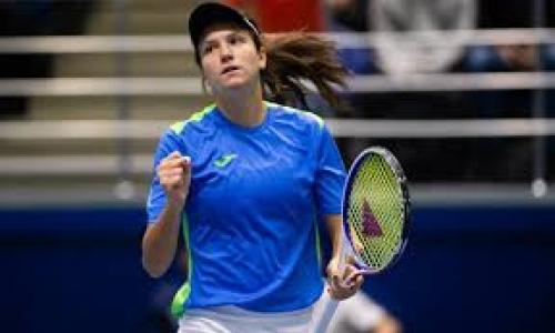 Казахстанская теннисистка стартовала с победы на турнире в Германии