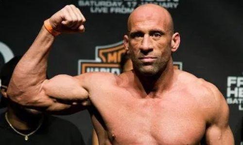 «Этому нужно положить конец». Легенда MMA и член Зала славы UFC обвинил промоушн в недоплате бойцам