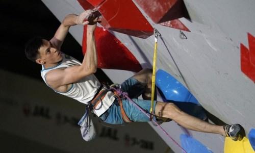 Казахстанец вышел в финал этапа Кубка мира по спортивному скалолазанию