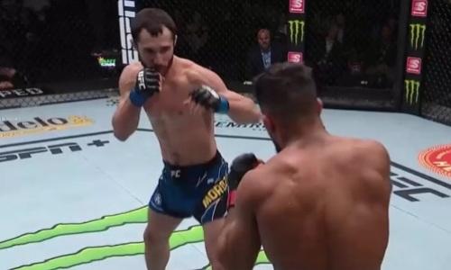 Опубликованы судейские записки второго боя Сергея Морозова в UFC