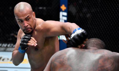 Есть Морозов? UFC наградил бонусами сразу шестерых участников турнира в Лас-Вегасе
