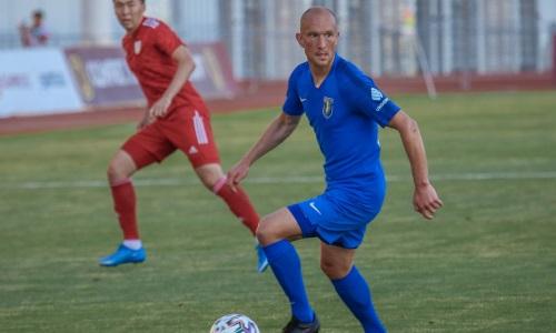 «Самый маленький бюджет». Российский хавбек объяснил уход из клуба КПЛ и назвал казахстанский футбол сумасшедшим